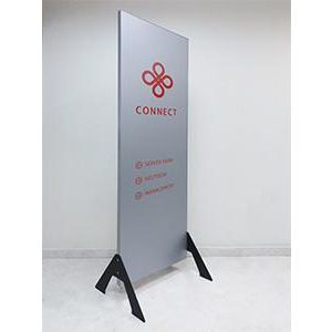 A New Sign Stand from Vista Sharp Family